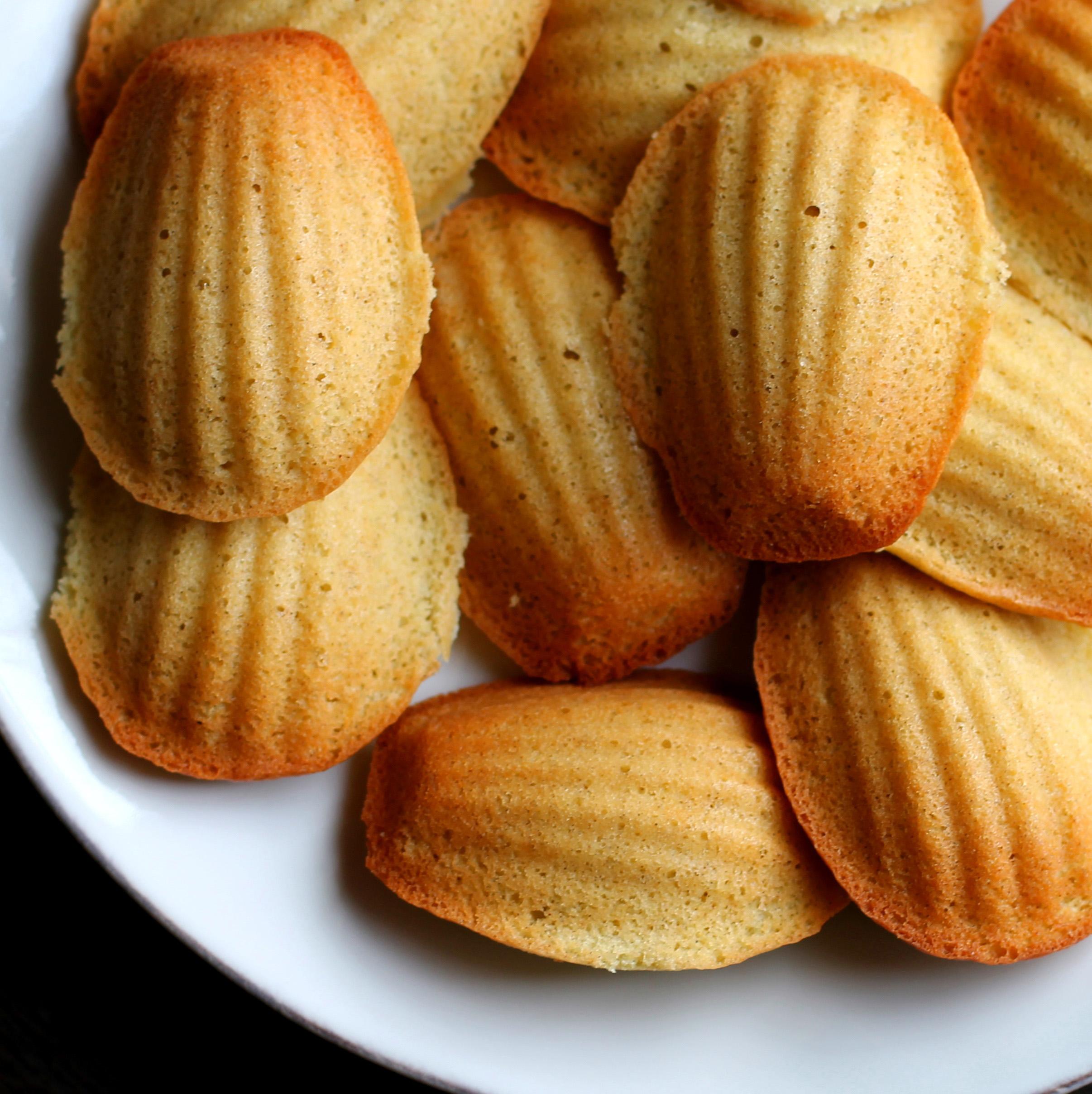 Мадлен StMichel, бисквитное печенье в форме морских гребешков
