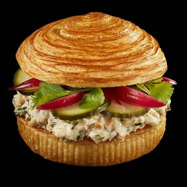 Бургер Bun'n'Roll с крабовым мясом